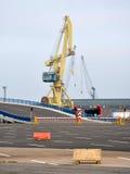 Grue dans le port, Allemagne, l'Europe Photographie stock libre de droits