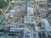Grue 01 de construction de chantier de construction photographie stock libre de droits