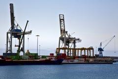 grue de l'Espagne et pilier Arrecife teguise Lanzarote de port Photographie stock libre de droits