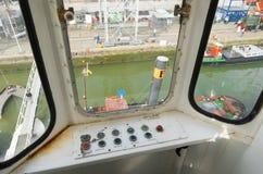 Grue de port Photographie stock libre de droits