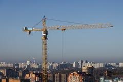 Grue et construction de bâtiments Images libres de droits