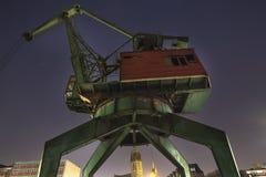 grue intérieure de port de Duisbourg Allemagne la nuit Image libre de droits