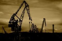 Grues de chantier naval Photos libres de droits