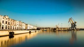 Grues du port de Trieste photo libre de droits