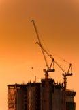 Grues et bâtiments en construction Image stock