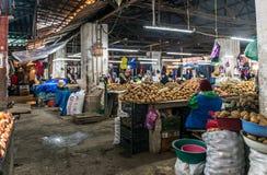 Grule przy miejscowym wprowadzać na rynek w Kutaisi, Gruzja Obrazy Royalty Free