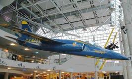 Grumman F-11 för blåa änglar tiger på skärm Arkivbild