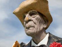 Grumpy gamal man fotografering för bildbyråer
