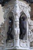 Grund av den Perseus statyn royaltyfri foto