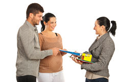 Grundbesitz geben Vertrag zu den Paaren Lizenzfreies Stockbild