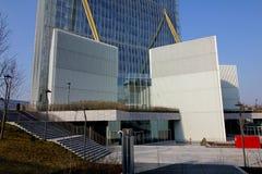 Grunden av det Isozaki tornet på Citylife; Milan Italien Royaltyfria Foton