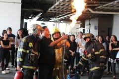 Grundläggande utbildning för brandstridighet på Oktober 21, 2016 i Bangkok, Thailand Arkivfoton