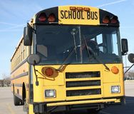 Grundskolabuss Arkivbild