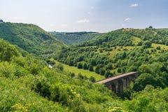 Grundstein-Viadukt, Derbyshire, England, Großbritannien stockfotos