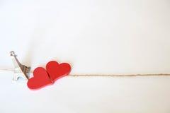 grunge απομονωμένο καρδιές λευκό καρτών εγγράφου Στοκ εικόνα με δικαίωμα ελεύθερης χρήσης