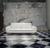 grunge λευκό τοίχων καναπέδων Στοκ Εικόνα