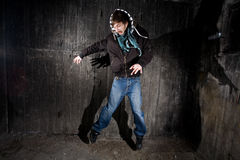 grunge τοίχος ατόμων Στοκ φωτογραφία με δικαίωμα ελεύθερης χρήσης