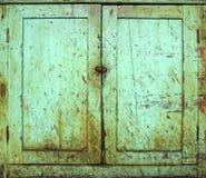 grunge дверей шкафа Стоковые Изображения