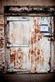 grunge двери стоковые фотографии rf