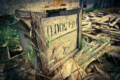 Grunge abandoned box Royalty Free Stock Images