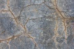 Grunge barstte concrete muur Oude beschadigde textuur Stock Afbeeldingen