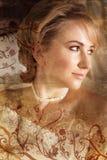 Grunge blonde Braut Stockfotografie