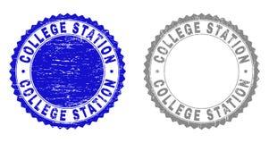 Grunge COLLEGE STATION texturerade stämpelskyddsremsor royaltyfri illustrationer