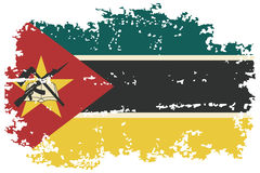 Флаг grunge Мозамбика также вектор иллюстрации притяжки corel Стоковые Фотографии RF