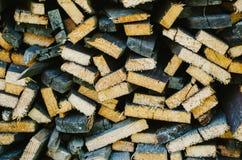 Grunge drewna ogrodzenie z kępkami Obraz Royalty Free
