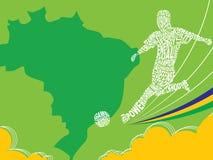 Grunge Feld mit Platz für Text und Emblem des Fußballs mit Cup, Kugel und Flügeln, Vektor Brasilien-Flaggen-Farbe Stockfoto