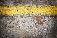 Grunge floor with yellow line Royalty Free Stock Photography
