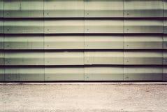 Grunge iluminado metálico fotos de stock