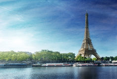 Grunge image of  Eiffel tower Royalty Free Stock Photos