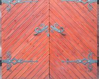 Grunge oude staldeur rode tonen Royalty-vrije Stock Fotografie