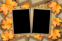 Grunge papieru projekt w scrapbooking stylu z photoframe Zdjęcie Royalty Free