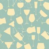 Grunge Retro  Seamless background pattern of retro alcoholic gla Royalty Free Stock Photos