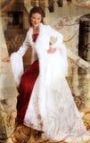 Grunge schöne lächelnde Braut Stockbilder