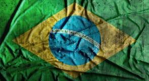 Grunge skrynklade den Brasilien flaggan framförande 3d Arkivbilder