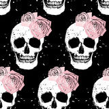 Grunge skull and rose seamless pattern Royalty Free Stock Photography