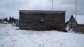 Grunge velho derramado na vila do russo vídeos de arquivo