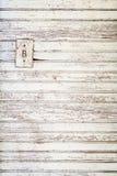 grunge witte geschilderde houten muurachtergrond stock foto