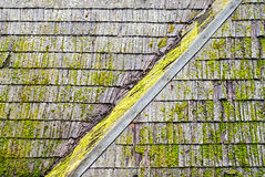 Grunge wooden shingle roof Royalty Free Stock Photos