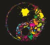 Grunge Yin Yan die van kleurrijke verfplonsen wordt gemaakt Stock Fotografie