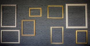 Grungetegelstenvägg och konstram för bakgrund Royaltyfri Foto