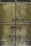 Grungy дверь металла стоковое изображение rf