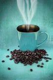 Grungy чашка кофе голубого зеленого цвета Стоковые Изображения