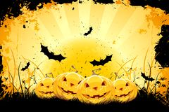 Grungy achtergrond van Halloween met pompoenen en knuppels Stock Foto