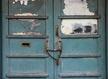 Grungy chained door Royalty Free Stock Image