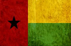 Grungy document vlag van Guinea-Bissau stock illustratie