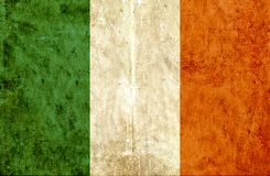 Grungy document vlag van Ierland stock illustratie